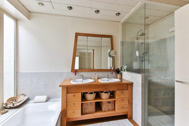 Glassparency Authorized Installer - Lakeland Valet - Shower